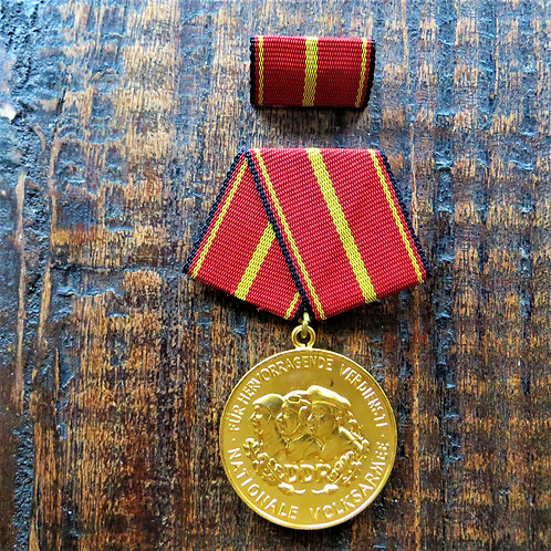 Medal DDR Distinguished Service National People's Army Gold