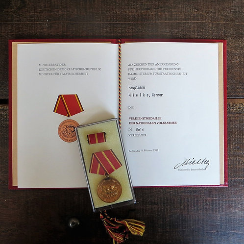 Medal DDR Distinguished Service National People's Army Gold With Certificate