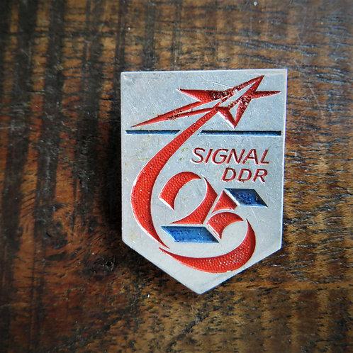Pin DDR FDJ Free German Youth
