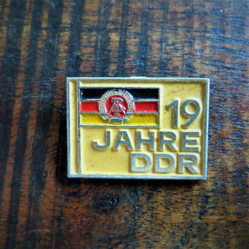 Pin DDR 19 Years Of DDR 1968