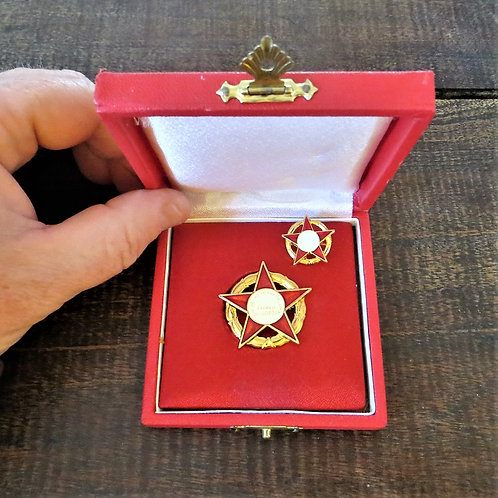 Table Medal Hungary Excellent Trade Worker