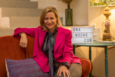 Comunicación en redes sociales con María de León