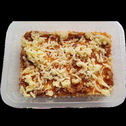 Lasanha de massa fresca com presunto e queijo a bolonhesa