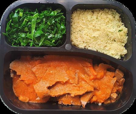 Lagarto recheado, arroz de couve flor e couve
