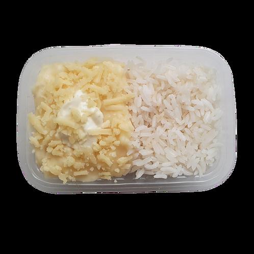 Escondidinho de batata com carne moída e arroz branco