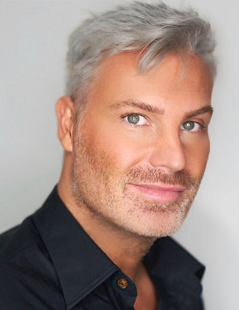 Makeup Intelligence Gary Cockerill