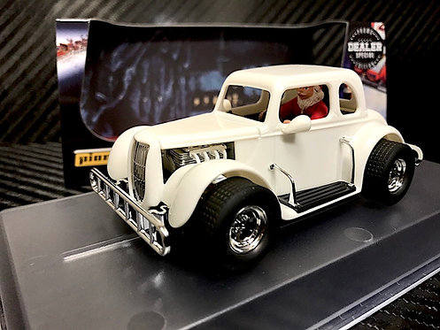 P123-DS Pioneer '34 Ford Coupe Legends Racer, 'Snow White Santa Rod'