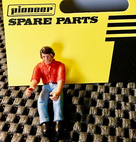 Pioneer Slot Car Painted Street Driver Figure - FD203434