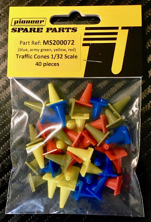 Pioneer Pack of 40 Mixed Colour Traffic Cones