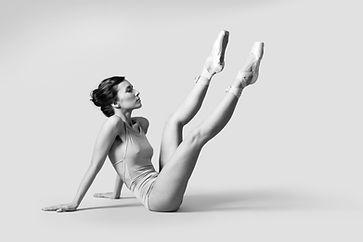 フロアのバレエダンサー