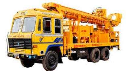 borewell-machine-1514543599-3550311.jpg
