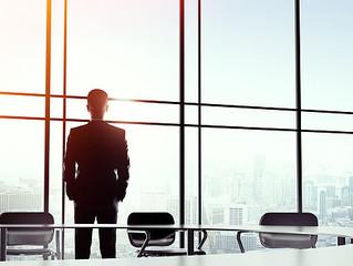 Como as métricas e KPIs funcionam na estratégia de negócios