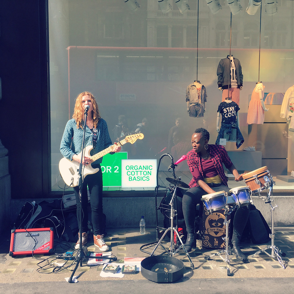 Buskers Oxford Street