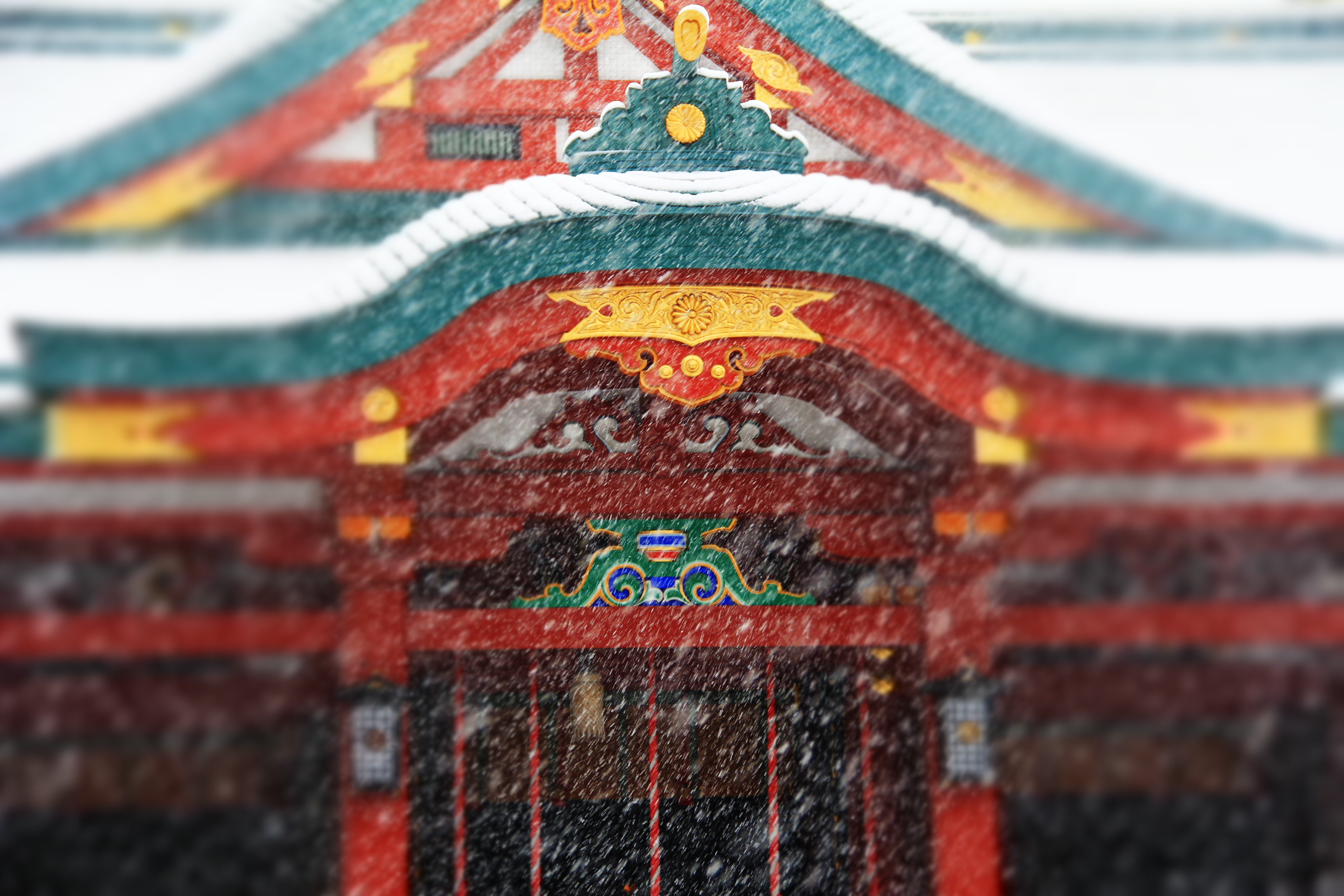 神社 吹雪 shrine and blizzard