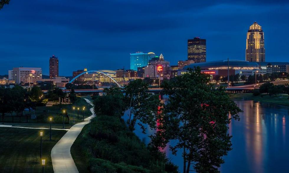 Des Moines Riverfront 1.jpg