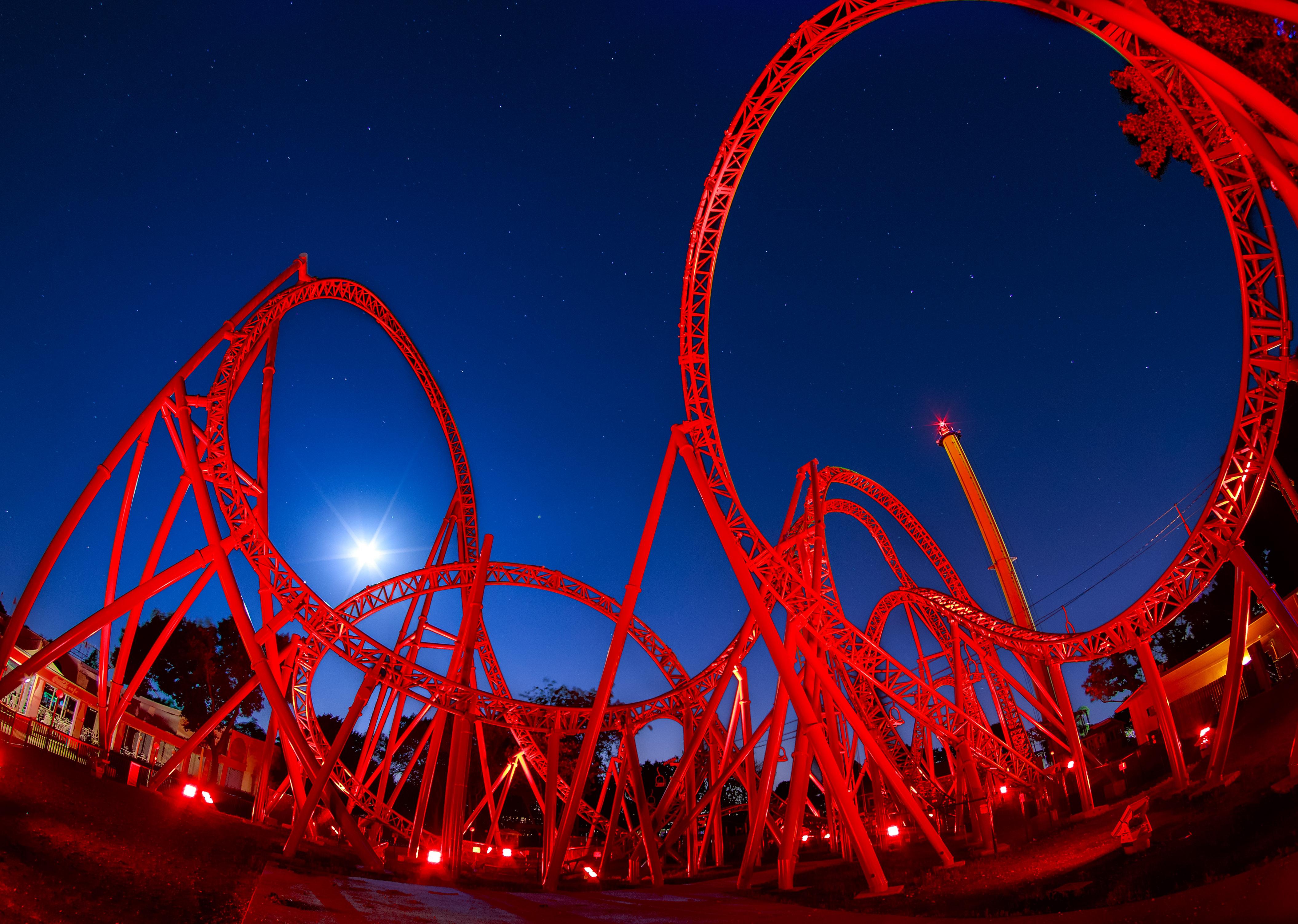 East Corner_0000_Red Coaster