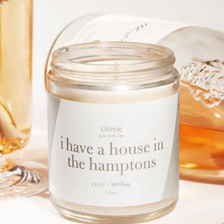 Candle has notes of rosé and melon. Made of a soy and coconut wax blend and paired with high-quality fragrance oils.