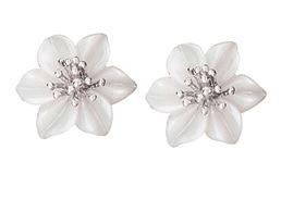 MOP flower stud earrings
