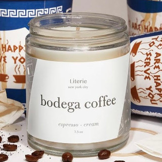 Candle has notes of espresso and cream. Made of a soy and coconut wax blend and paired with high-quality fragrance oils.