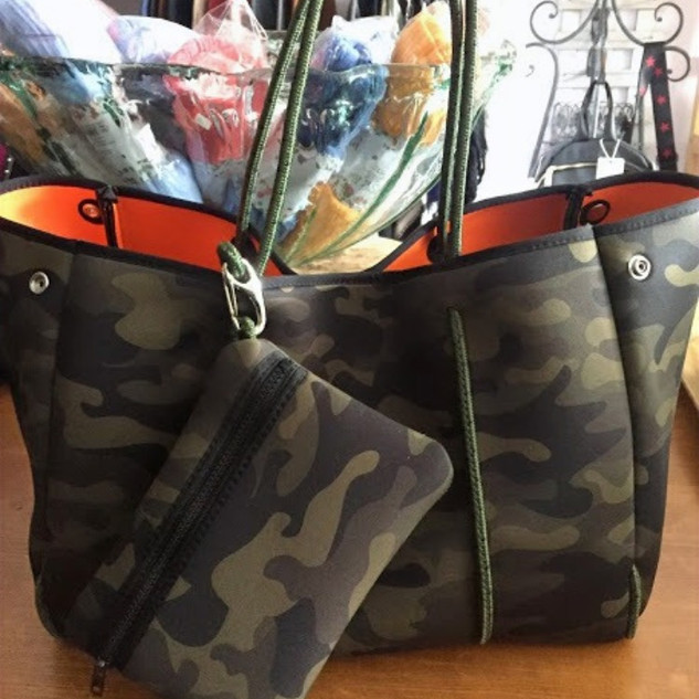 Neoprine army tote with insert included.
