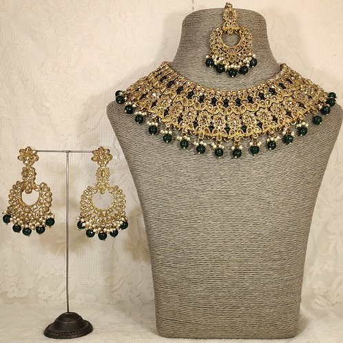 Large collar - antic gold and bottle green beads