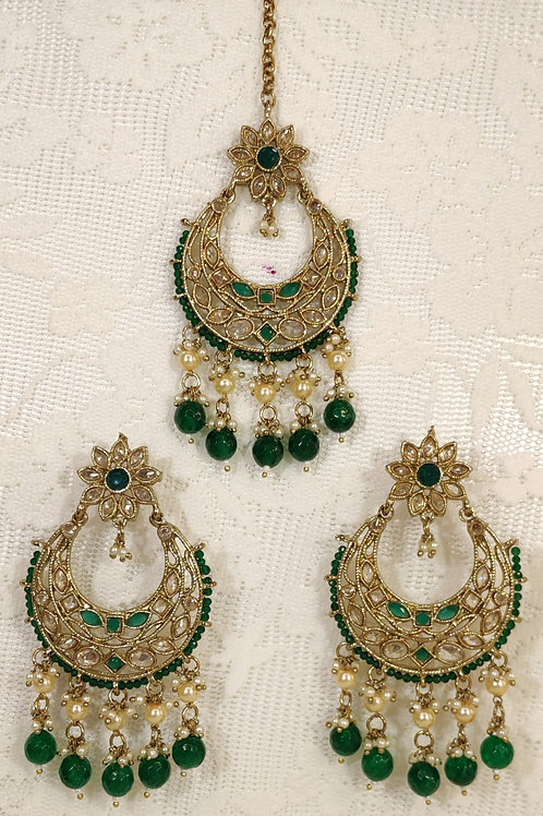 Antic earring and tikka set with bottle green pearl beading