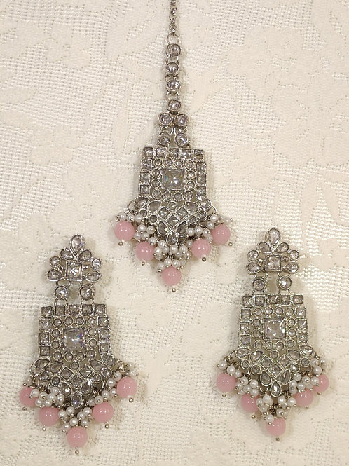 Silver earring tikka set with pink and faux pearl beading
