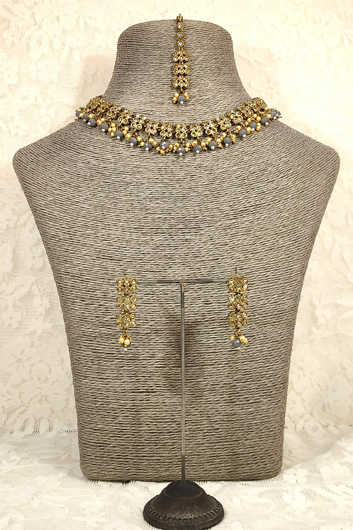 Slim Collar necklace with grey beading