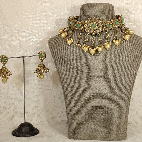 Choker set - faux pearl and pista