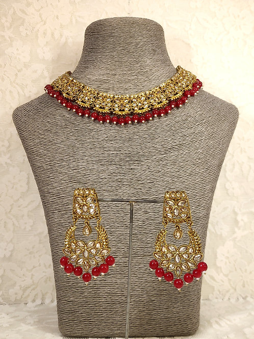 Slim Collar necklace with maroon beads