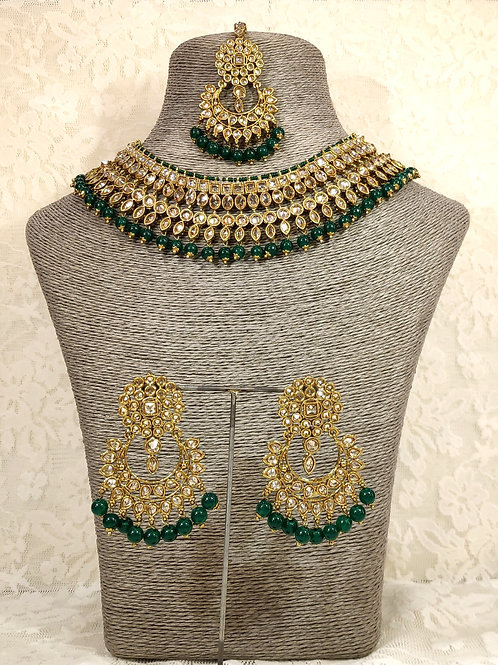 Collar set - faux pearl and bottle green beading