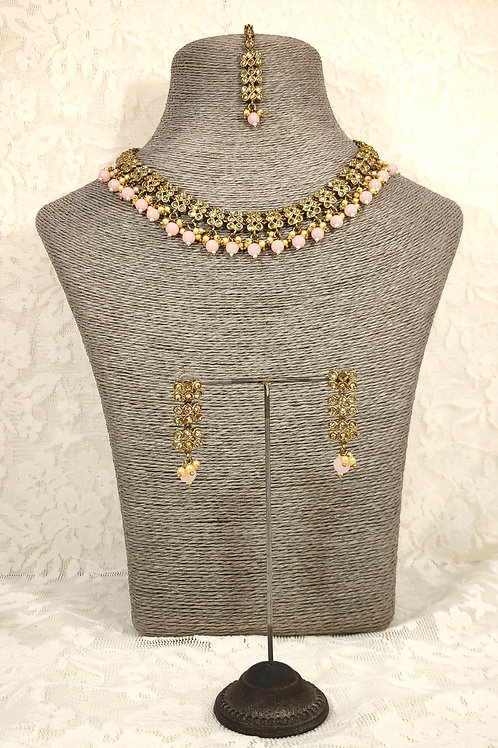 Slim Collar necklace with pink beading