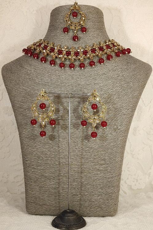 Slim Collar with maroon beading