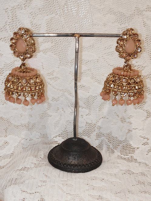 Jhumki earrings with peach stone and beading