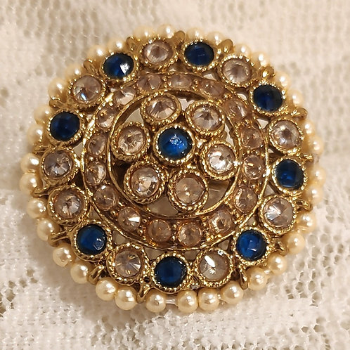 Antic ring round blue and ad stone studded