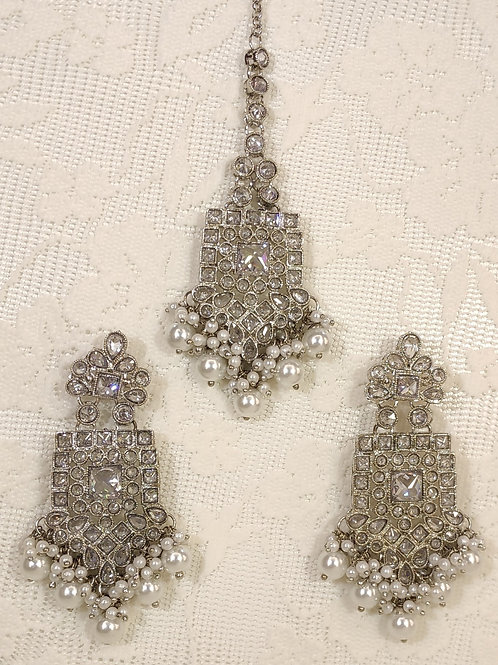 Silver earring and tikka set with faux pearl beading