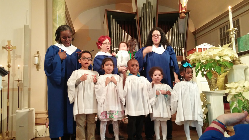 Redeemer's Sunday School sings