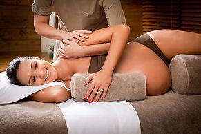 Massage future maman à troyes, relaxant et décontractant dès le 4ème mois de grossesse au cabinet à Troyes, 4 rue Charles Thibault,10000 Troyes