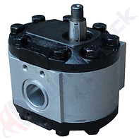 Ford Tractor Pumps D8NN600FA.png