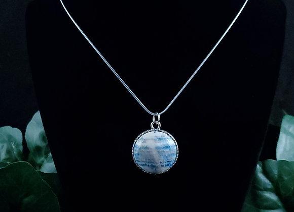 Birds Pendant Necklace-Lapis Lace