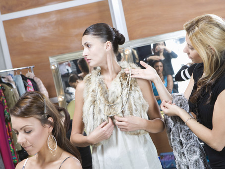 Fashion Stylist or Personal Stylist, Which Career Direction is Right For You?