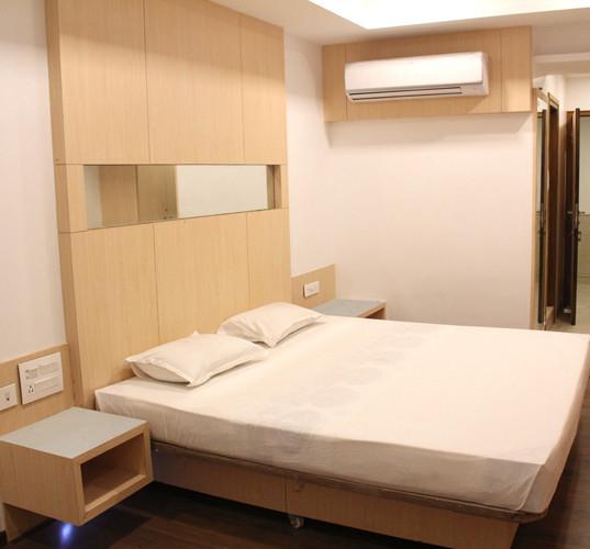 9 Bride Room 1.JPG