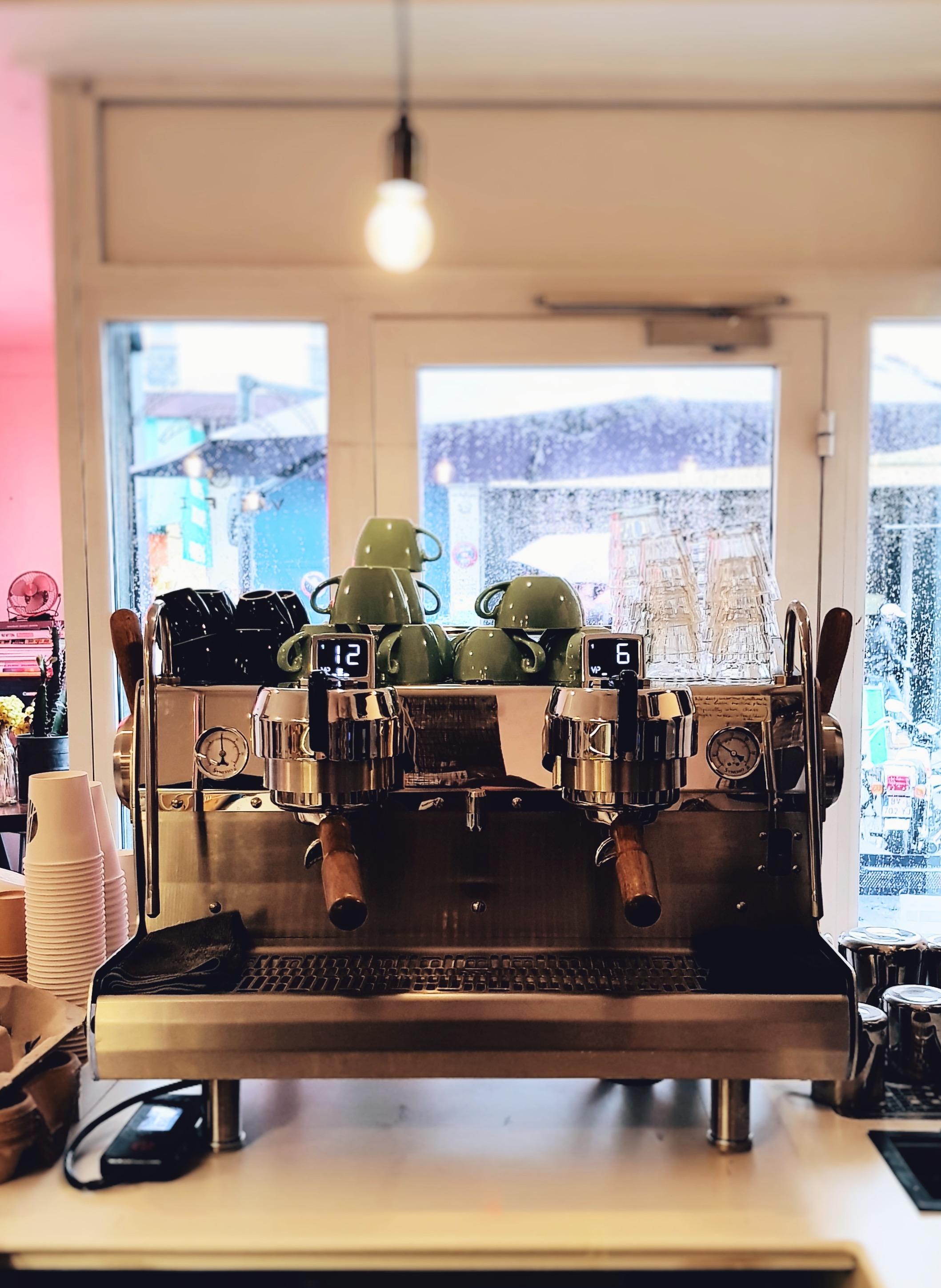 Café paris 10