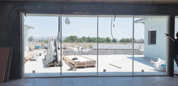 מתהליך הבנייה - התקנת חלונות