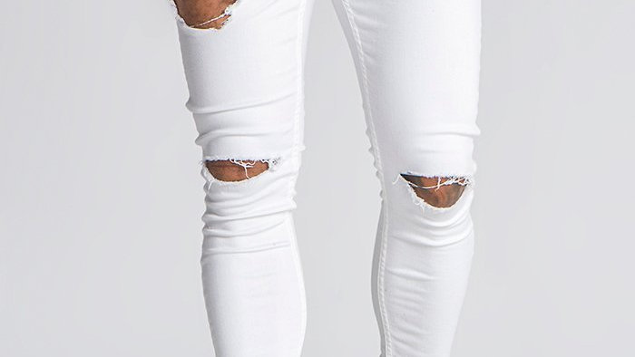 GKM-1391 JEANS WITH GOLD CHAINS WHT