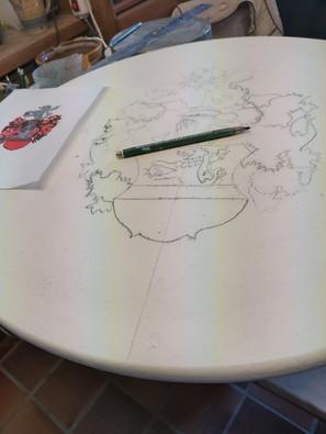 Tisch per Hand bemalt