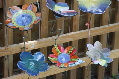 Blumen aus Keramik