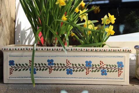 Blumenkasten Thurnauer Traubenmuster.JPG