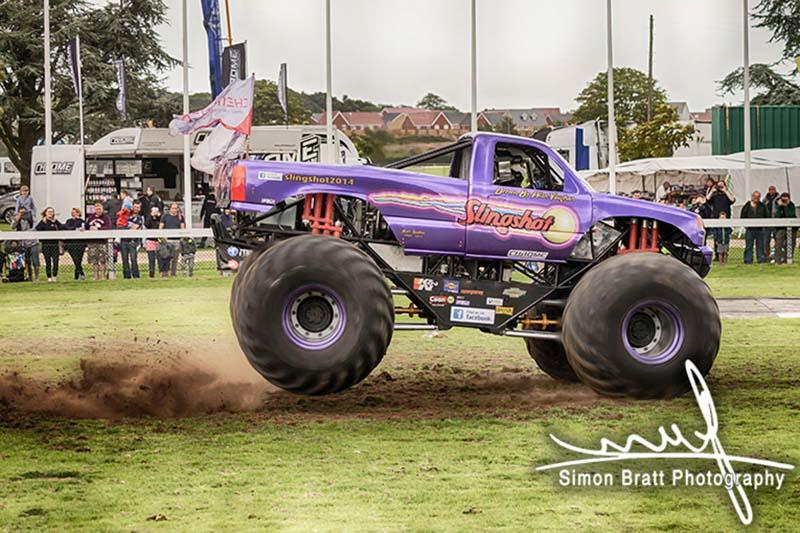 Monster truck Slingshot landed