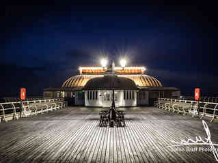 Cromer pier pavilion at night